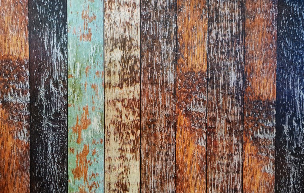 Meerdere kleuren verf op hout